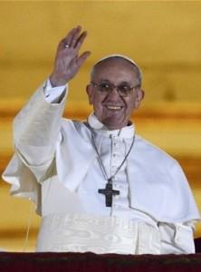 Papa Franciscus-ridens-2k